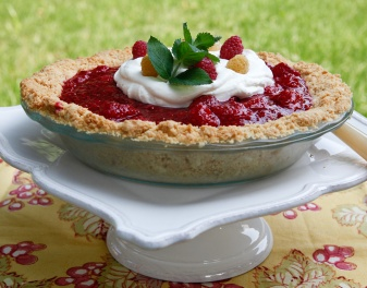 Slice into a Raspberry Pie w/ Marjorie