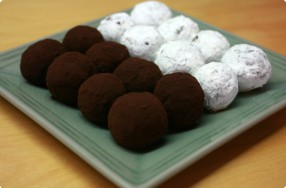 Chocolate-Berry Truffles