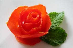 Carving a Tomato Rose