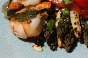 Grilled Shrimp & Asparagus w/ Roasted Red Peppers